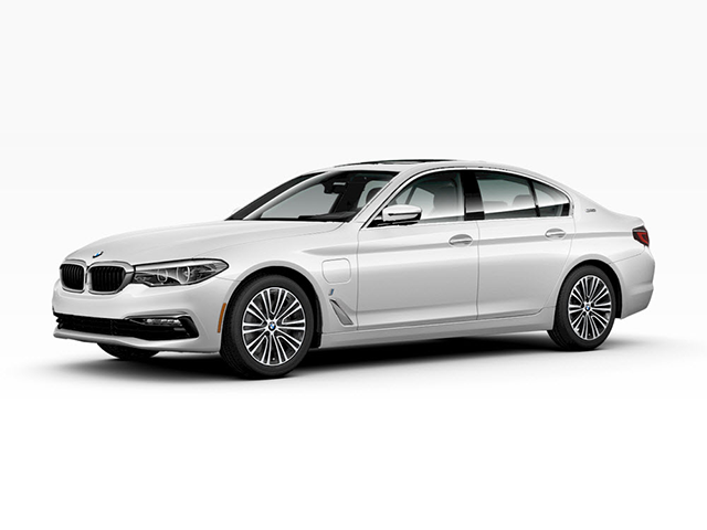 2018 BMW 5 Series 530e xDrive iPerformance at BMW of Bayside