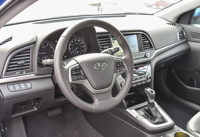 2017 Hyundai Elantra - Listing ID: 173302340 - View 7