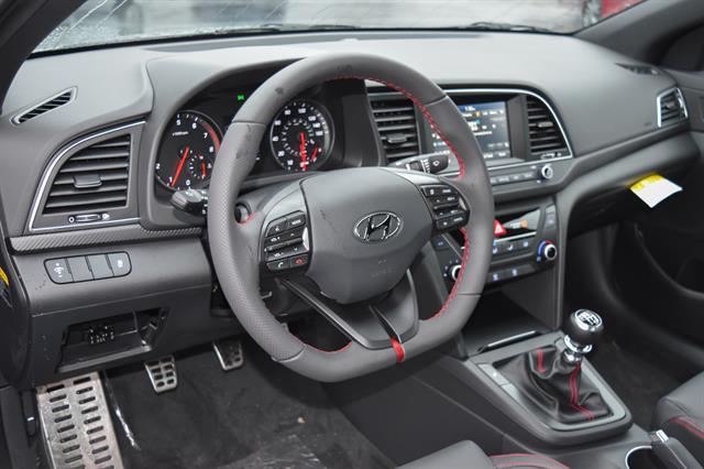 2017 Hyundai Elantra - Listing ID: 172714627 - View 6