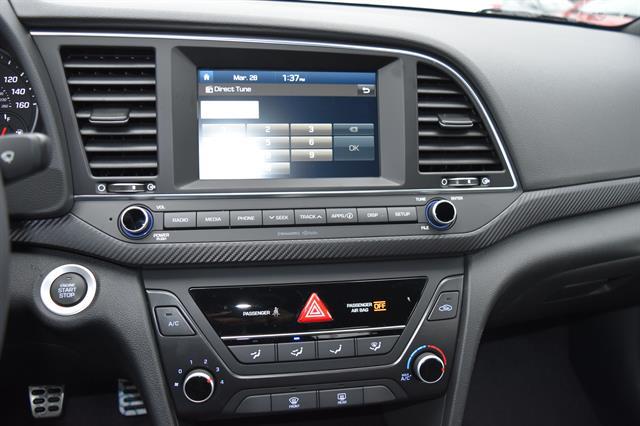 2017 Hyundai Elantra - Listing ID: 172714627 - View 11