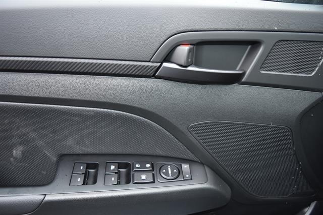 2017 Hyundai Elantra - Listing ID: 172714627 - View 17